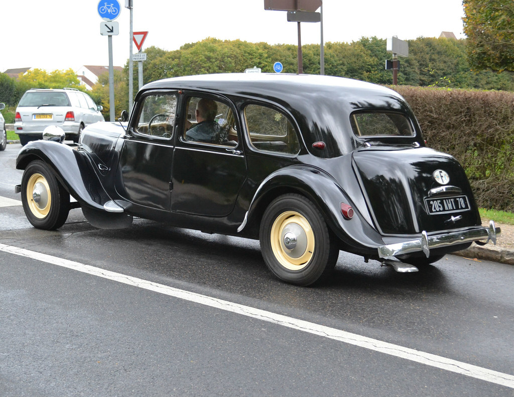 The Worlds Best Photos Of Citron And Frenchcars Flickr Hive Mind French Cars Citroen Standard Boot Suggests We Got A Regular Traction Avant Familliale Family 2017 Mslf