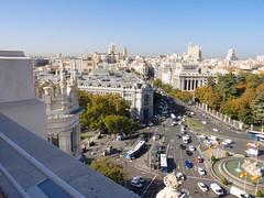 Mirador Cibeles (Ramboxerez) Tags: madrid cielo skyline himmel sky stadt ciudad city street calle strase auto car coche bus cibeles