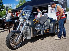 Boss Hoss Motorrad (ingrid eulenfan) Tags: americanrevolutionuscarbikemeeting leipzig novaeventis motorrad bike bosshoss motorcycle