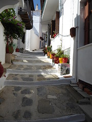 Alonnisos (lesleydugmore) Tags: greece greekisland alley corrider footpath street europe outside outdoor white pots