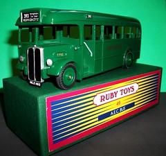 Ruby Toys London transport T792. (Ledlon89) Tags: bus buses london transport lt lte londonbus londonbuses modelbusesandcoaches modelbus rubytoys diecastbuses scalemodel scalemodels scaleddown aecregal aec londontransport