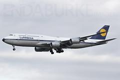 Lufthansa D-ABYT 18-11-2017 (Enda Burke) Tags: fra frankfurt frankfurtammain avgeek aviation eddf fraport germany german travel landing landingear retro retrojet lufthansa canon canon7dmk2 7478 b7478 boeing747800 boeing7478intercontinental