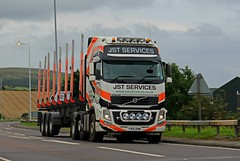 JST Services (Ayr) Volvo FH16 Globetrotter XL 6 X 2 PX10DHM at A77 Girvan South Ayrshire (Malcie Man) Tags: jst services ayr volvo fh16 globetrotter xl 6 x 2 px10dhm a77 girvan south ayrshire