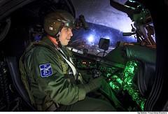 """""""D'astro-rei desafiamos nos cimos, Bandeirantes audazes do azul. Às estrelas, de noite subimos, Para orar ao Cruzeiro do Sul"""" (Força Aérea Brasileira - Página Oficial) Tags: fab brazilianairforce forcaaereabrasileira forçaaéreabrasileira aviacao asasrotativas helicoptero ah2sabre ah2 piloto aviador capacete visaonoturna nvg nightvisiongoggles operacao manobra exercíciooperacional exercicio"""