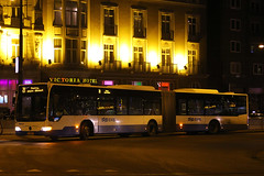 BT-NH-69, Prins Hendrikkade, Amsterdam, January 26th 2015 (Southsea_Matt) Tags: btnh69 328 route34 vdl gvb bus omnibus vehicle publictransport passengertravel canon 60d sigma 1850mm prinshendrikkade amsterdam netherlands hollnd january 2015 winter bendybus nightshot