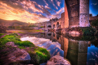 Puente de Besalu _XT22422 HDR