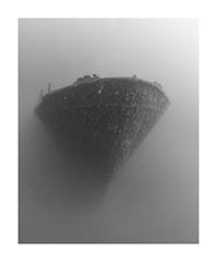 MS Peltastis (Knipsbildchenknipser) Tags: wrack wreck peltastis tauchen uw underwater unterwasser diving scuba scubadiving kroatien croatia sw schwarzweiss monochrome blackandwhite blackwhite bw
