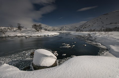 Taumevatn - D8G_1793 (Viggo Johansen) Tags: taumevatn night moon stars sky clouds snow ice trees lake longexposure winter november