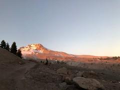 IMG_9879 (Blue Cherokee) Tags: oregon mount hood mthood timberline volcano cascades sunset alpenglow pacificnorthwest centraloregon pnw peak
