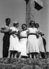 Album de família (© Portimagem) Tags: portugal patrimónionacional historia retrato ericeira família mãe paes irmão irmã