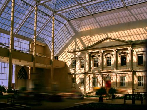 "Museo Metropolitano de Arte  Nueva York, EUA • <a style=""font-size:0.8em;"" href=""http://www.flickr.com/photos/30735181@N00/25025856218/"" target=""_blank"">View on Flickr</a>"