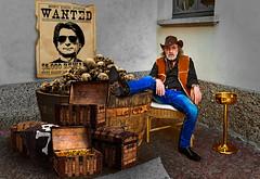Villa Panza - Bounty Killer, a man full of resources (Marco Trovò) Tags: marcotrovò hdr canoneos5d varese italia italy villapanza robertwilson artexposition esposizionedarte portrait ritratto