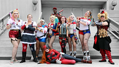 Weaponized Harleys (greyloch) Tags: dragoncon harleyquinn cosplay costumes canonrebelt6s niksoftware dccomics comicbookcharacter comicbookcostume gamecharacter gamecharactercostume rule63 mashup