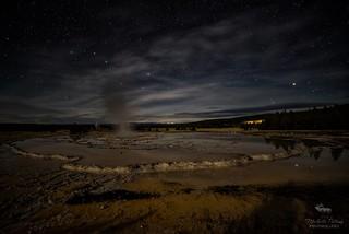 Great Fountain Geyser [Explore]