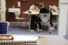 Maths talk (chribs) Tags: school pupils people discussion talk schule bsprechung schüler geodreieck klassenzimmer lineal sonya7 classroom geometrie sonnartfe1855 ze
