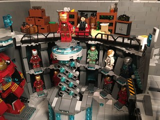 LEGO Malibu Mansion (Mk.4) - Iron Man 'House Party Protocol' Armoury