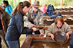 Course in gold panning (thomasgorman1) Tags: pans gold panning people tourism learning alaska history fairbanks woman man canon instruction