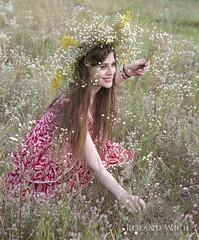 Iwana Cupala Festival (Rolandito.) Tags: kiev ukraine kiew girl ivan ivana iwana cupala flowers київ україна