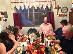 2017 YIP Day 327: Thanksgiving table (knoopie) Tags: 2017 november iphone picturemail kira kayla steve kirk brad family thanksgiving 2017yip project365 365project 2017365 yiipday327 day327