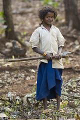 Maikal hills - Chhattisgarh - India (wietsej) Tags: maikal hills chhattisgarh india working girl axe tribal sony a100 zeiss sal135f18z 13518 sonnar13518za