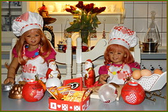 Wir fangen an ... (Kindergartenkinder) Tags: advent weihnachtsbäckerei backen plätzchen kindergartenkinder annette himstedt dolls tivi sanrike