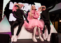 Poppy 10/06/2017 #23 (jus10h) Tags: poppy thatpoppy computer poppycomputer youtube youtubespace space la losangeles california studios playavista live music concert private show event performance gig promo showcase subscriber subscribers female singer young followers titanic sinclair pop video nikon d610 2017 october justinhiguchi