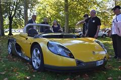 Renault Spider (Monde-Auto Passion Photos) Tags: voiture vehicule auto automobile renault spider cabriolet convertible roadster jaune yellow rare rareté rassemblement evenement france montereaufaultyonne