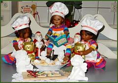 Von drauß vom Walde ... (Kindergartenkinder) Tags: leleti reki kindergartenkinder annette himstedt dolls tivi sanrike advent backen plätzchen