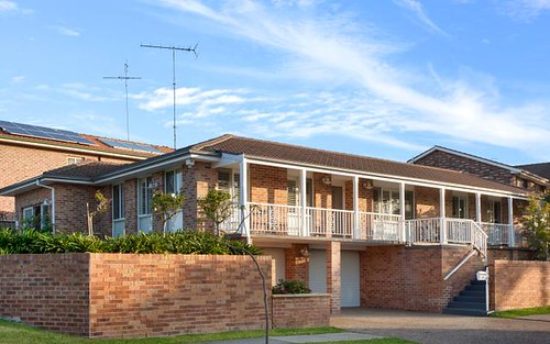 35 Tallowood Cr, Bossley Park NSW 2176