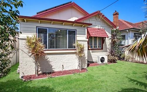 64 Roxburgh St, Stockton NSW 2295