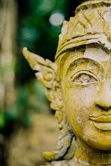 The Land of Smiles 3.0 | Nikon FE2 | Nikkor 50mm (f1.8) (IG @ Meandergraph) Tags: thailand krabi bangkok chiangmai phuket kohsamui travel asia southeastasia streetphotography film analog 35mm filmphotography nikon nikonfe2 nikkor50mm 50mm