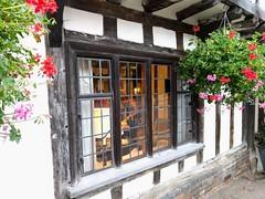 Take a look through the window! (52er Bild) Tags: lavenham england greatbritain udosteinkamp history window tradition 52erbild nexus 5x fachwerk tea time style uk timbering british europe culture
