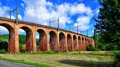 Oude Spoorwegviaduct /Old Railway overpass (jo.misere) Tags: spoor rail frankrijk france