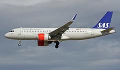 LN-RGL LMML 07-11-2017 (Burmarrad (Mark) Camenzuli) Tags: airline scandinavian airlines sas aircraft airbus a320251n registration lnrgl cn 7290 lmml 07112017