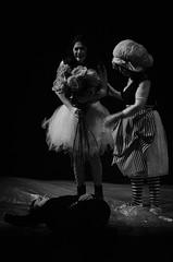 21306 - Romeo's death (Diego Rosato) Tags: morte romeo death giulietta juliet romeojuliet romeogiulietta teatro theater shakespeare tragedia tragedy nikon d700 70200mm sigma rawtherapee bianconero blackwhite