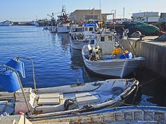 2436_Puerto de Adra, Almería (Ricard Gabarrús) Tags: barca barco puerto agua ricardgabarrus olympus