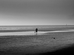 through children's eyes (vfrgk) Tags: people child father childhood carefree playing life enjoying seaview seascape seaside seashore duo beach sand waterscape serenity serene tranquility happiness bnw bw monochrome blackandwhite memories sea water