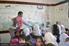 Mona Relief delivers 200 students in Wadi Ahmed area school backs funded by Kuwaiti donor and the NGO's online fund-raising campaign (Mona Relief Yemen) Tags: yemen sanaa school bags orphans students idps wadi ahmed monarelief