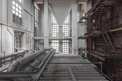 (Parzival-) Tags: controll steel industry metal industrie factory abandoned decay marode urbex verfall ruine lost place antique stairs neglected architektur architecture canon parzival verlassen forgotten abdandonato room forbidden old building past glory verlassene orte urban forsaken zerfall alt power plant kraftwerk