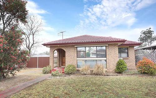 15 Fitzgerald Av, Edensor Park NSW 2176