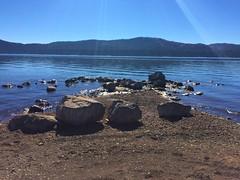 LAKE ALMANOR (kelsey61) Tags: em lakes lakealmaanor california rocks trees dirt