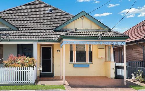 98 Dumaresq Street, Hamilton NSW