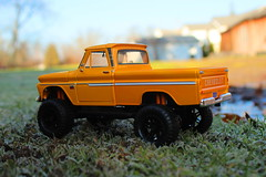 Frosty morning 4x4 (cheliman) Tags: diecast 124 chevy 1966 motormax toy details