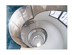 metall Spirale (Hildegard Spickenbaum) Tags: treppe kopenhagen architekt kaj gottlob 1934 flugzeugbau ii