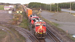 CN 121 Passing Under The Route 204 Bridge (MaineTrainChaser) Tags: 11417 trains train cn westbound west quebec