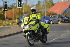 NX17 DOH (S11 AUN) Tags: cleveland police bmw r1200rt motorcycle roadspolicingunit trafficbike traffic bike roads policing rpu 999 emergency vehicle nx17doh