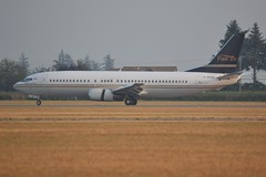 C-FLHJ (LAXSPOTTER97) Tags: flair airlines airport aviation airplane cyxx cflhj boeing 737 737400 cn 25104 ln 2476