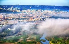 南投市 (bibi.barbie) Tags: taiwan 南投縣 南投市 橫山 風景 高壓電塔 變電廠 雲海 琉璃光 天空 雲彩