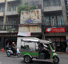graffiti on the side of a building (_gem_) Tags: travel bangkok thailand asia southeastasia city street urban chinatown bangkokchinatown yaowarat architecture building design graffiti streetart transportation vehicle