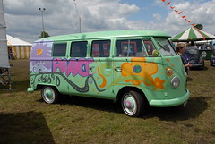 Peace out (Ronald_H) Tags: t1 filmore cars real life bus vw volkswagen aircooled air cooled 2007 beautiful budel